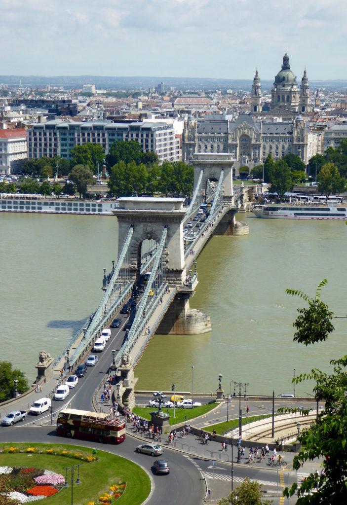 Kettenbrücke von oben