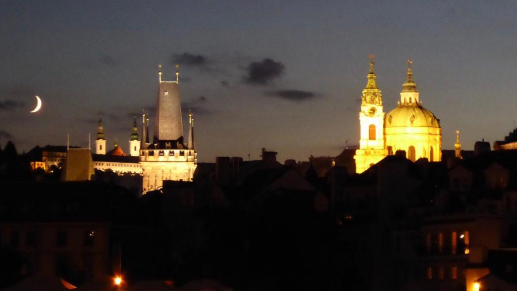 Prag bei Nacht