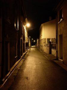 Prades bei Nacht