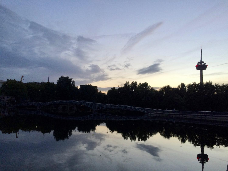 Kölner Mediapark mit Fernsehturm