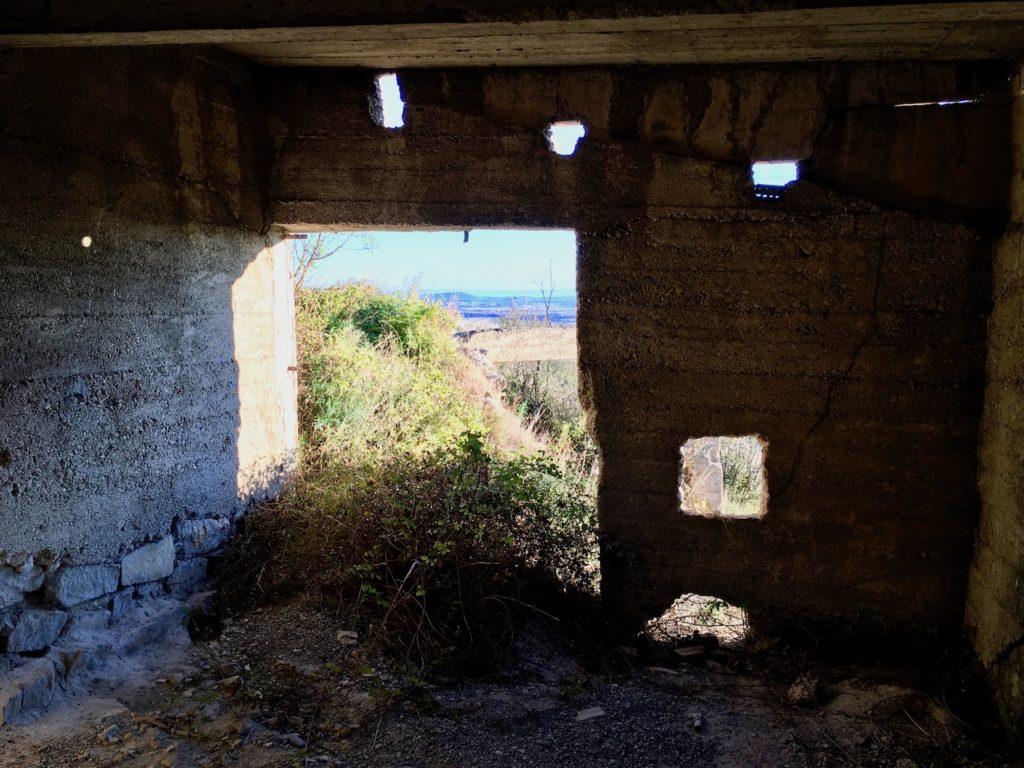 Lost Place bei Cesseras, Languedoc, Frankreich