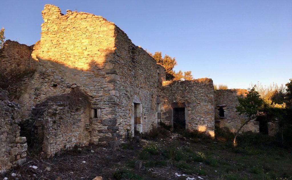 Lost Place bei Minerve, Languedoc, Frankreich