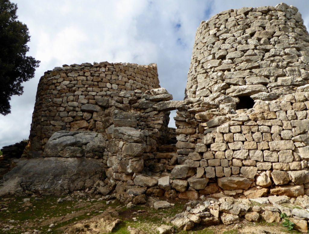 Nuraghe bei Osini, Sardinien, Italien