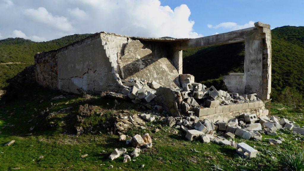 Lost Place bei Ulassai, Sardinien, Italien