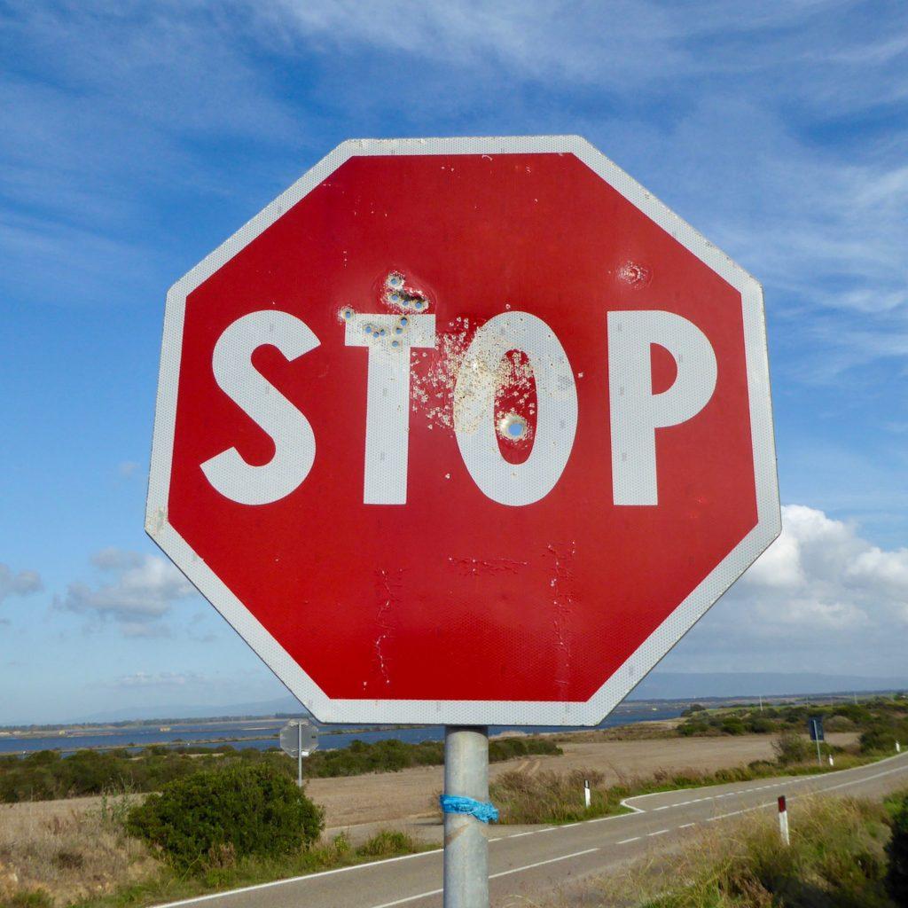 Stop-Zielscheibe bei Guspini, Sardinien, Italien