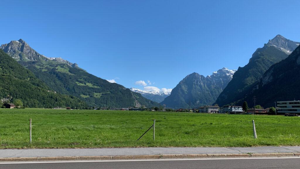 Alpenblick zwischen Niederurnen und Oberurnen