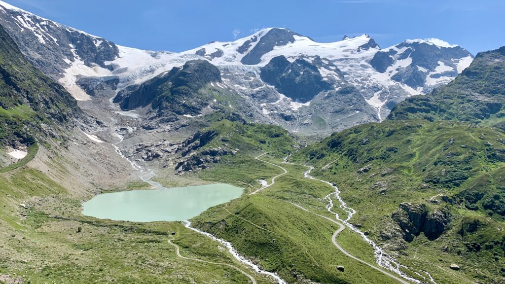 Steingletscher und Steinsee am Sustenpass